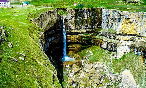Северный Кавказ. Водопад Тобот